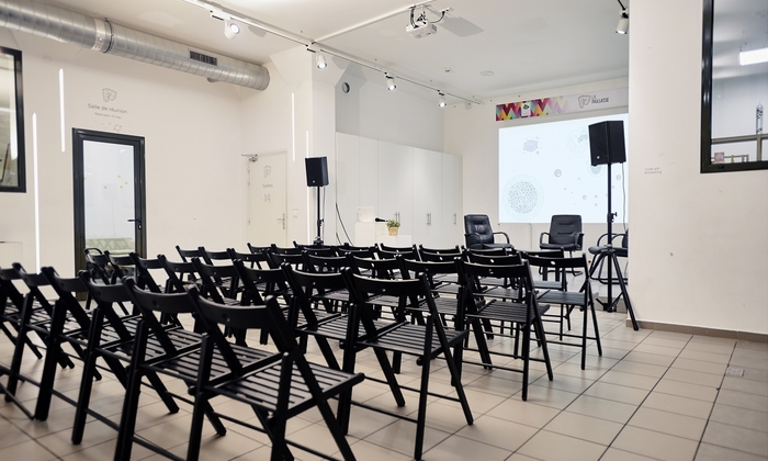 Your conference room in St Denis €300