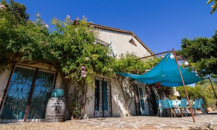 Grande maison avec piscine proche de la mer 100€