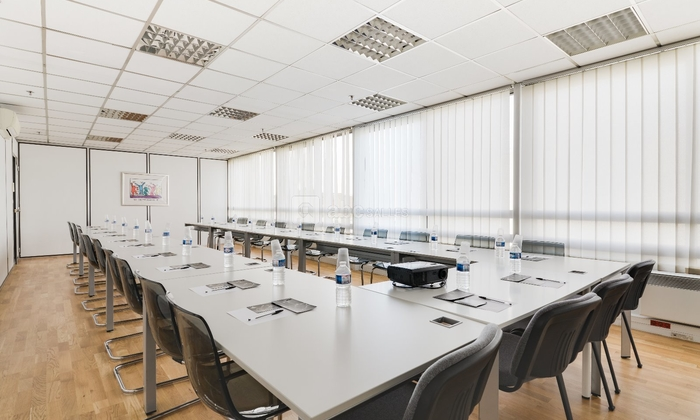 Your meeting room in St Denis €20