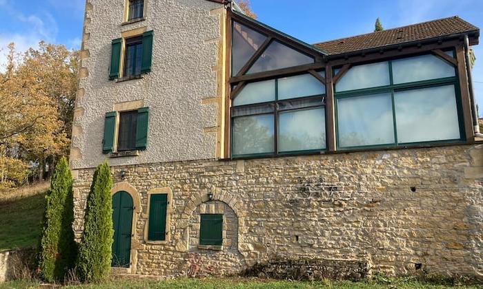 Grande maison à louer pour 2 journées - soirées avec piscine 49€
