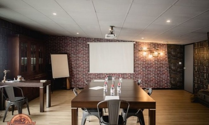Atypical meeting room in an Escape Game €75