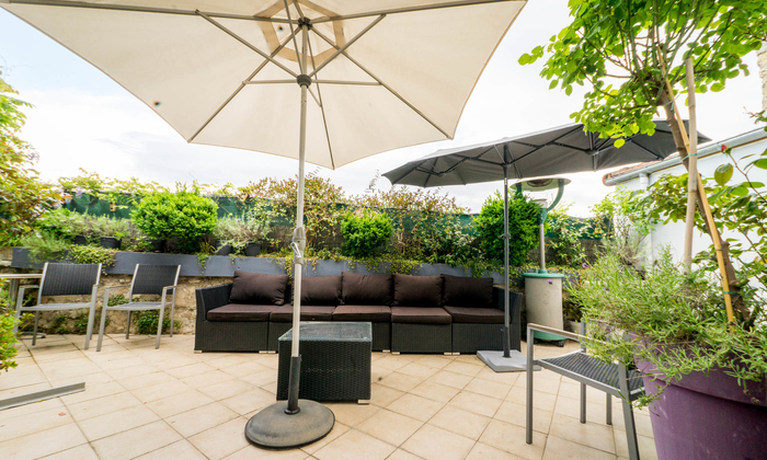 Grand Loft modern and design 10 minutes from Paris €325