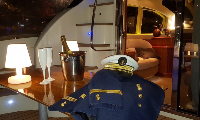 Your aisle on a Yacht in Lyon €22