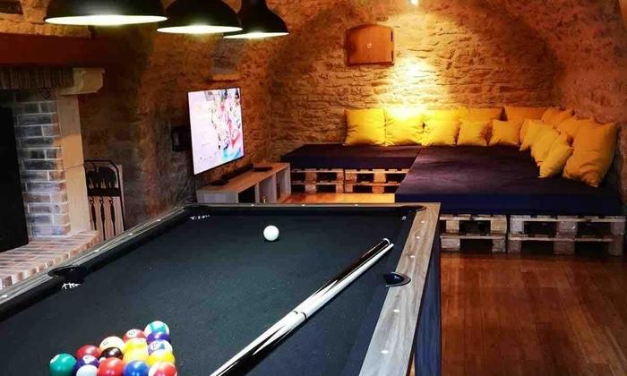 Grande maison à louer pour 3 journées - soirées avec piscine 40€