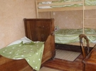 Family home in forest property €38