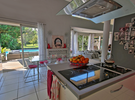 Golf villa with large garden, swimming pool and te €100